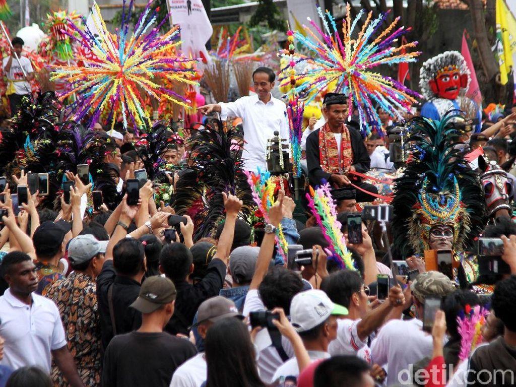Karnaval, Pesta Demokrasi Gembira Ala Jokowi