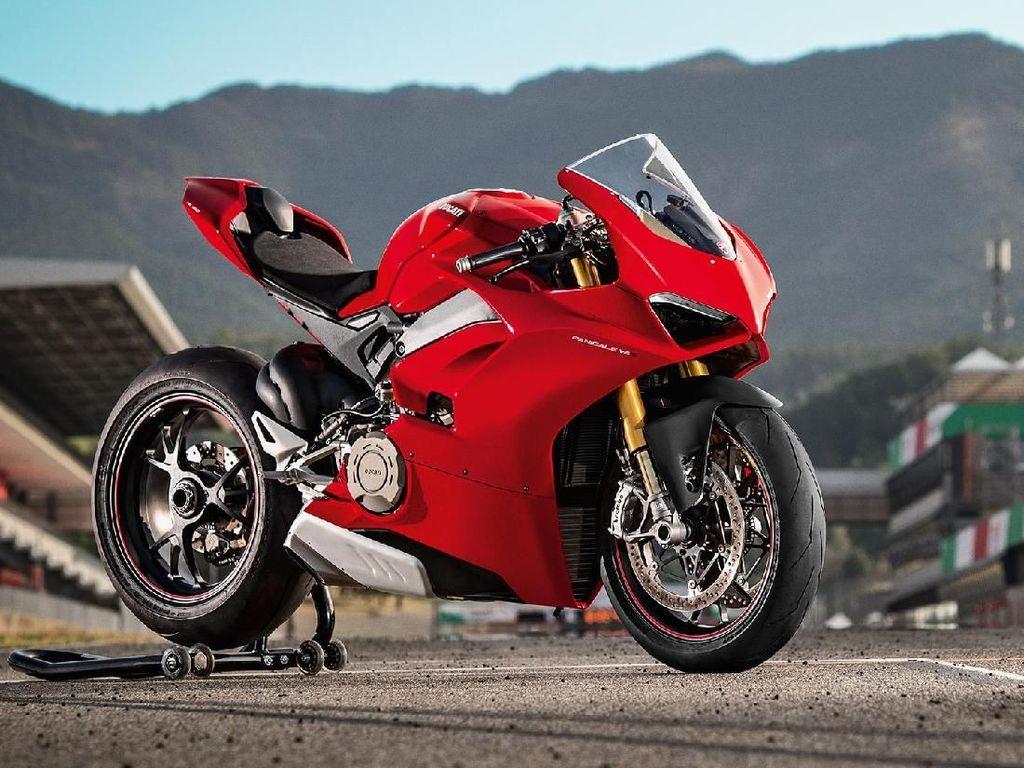 Ducati V4S Cuma Beda 2 Detik dari Motor MotoGP
