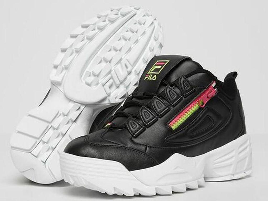 Wajah Baru Sneakers Ikonis Fila Disruptor, Harga Rp 1 Jutaan