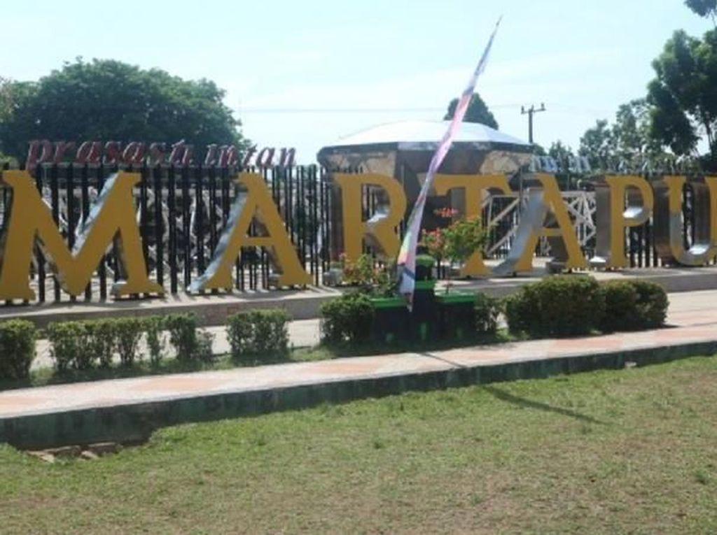 Foto: Alun-alun Cantik Kebanggaan Warga Martapura