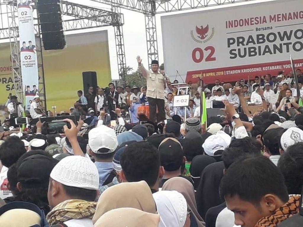 Prabowo: Saya Muak dengan Elite Jahat di Jakarta Itu!