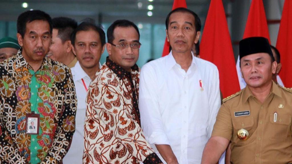 Jokowi Resmikan Terminal Baru Bandara Tjilik Riwut