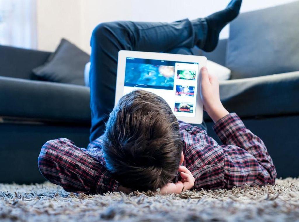 Benarkah Anak Rentan Terpapar Radiasi Gadget? Ahli Kanker Menjawabnya