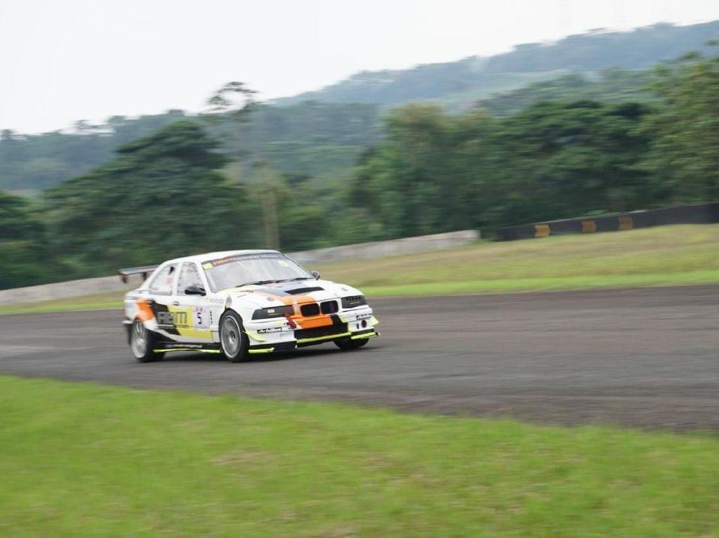 Dua Pebalap Muda ABM Motorsport Jadi Juara di Seri I ISSOM