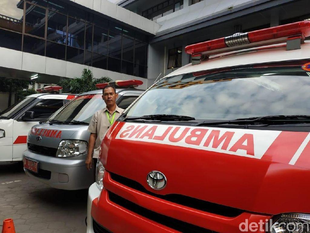 Lebih Dekat dengan Tugas Sopir Ambulans