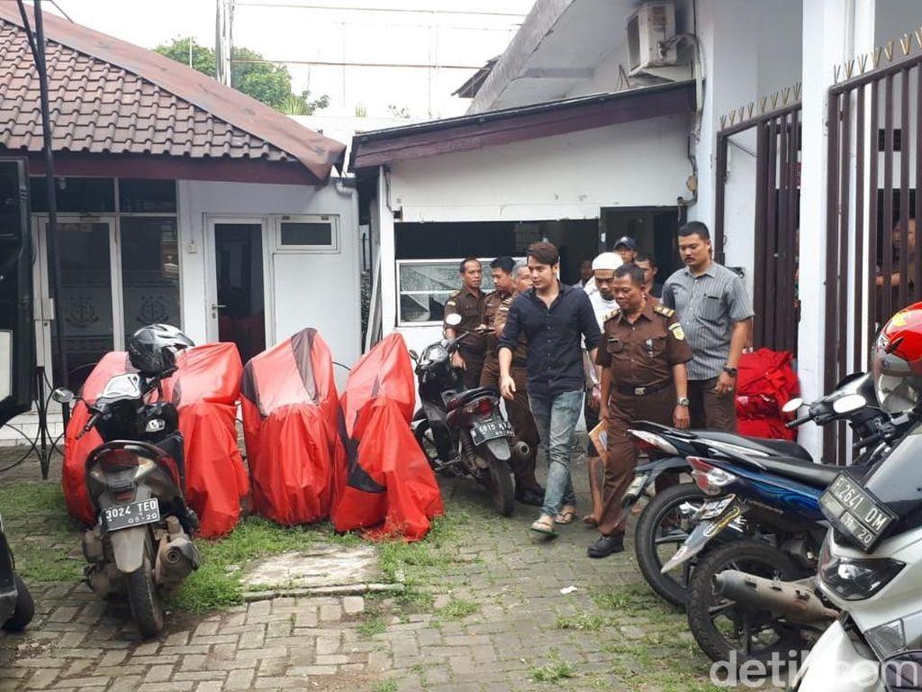 Siasat Kriss Hatta usai Ditahan karena Kasus Pemalsuan Dokumen Nikah