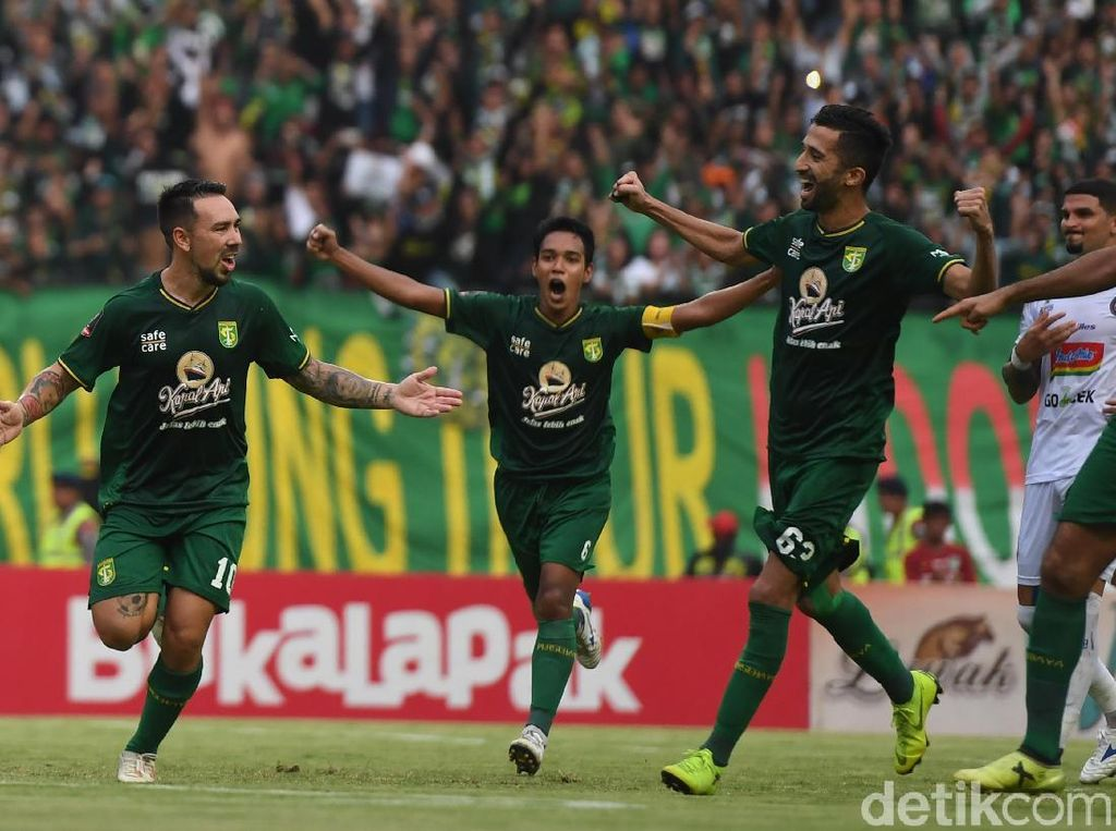 Sengit! Persebaya Ditahan Imbang Arema di Leg I Final Piala Presiden