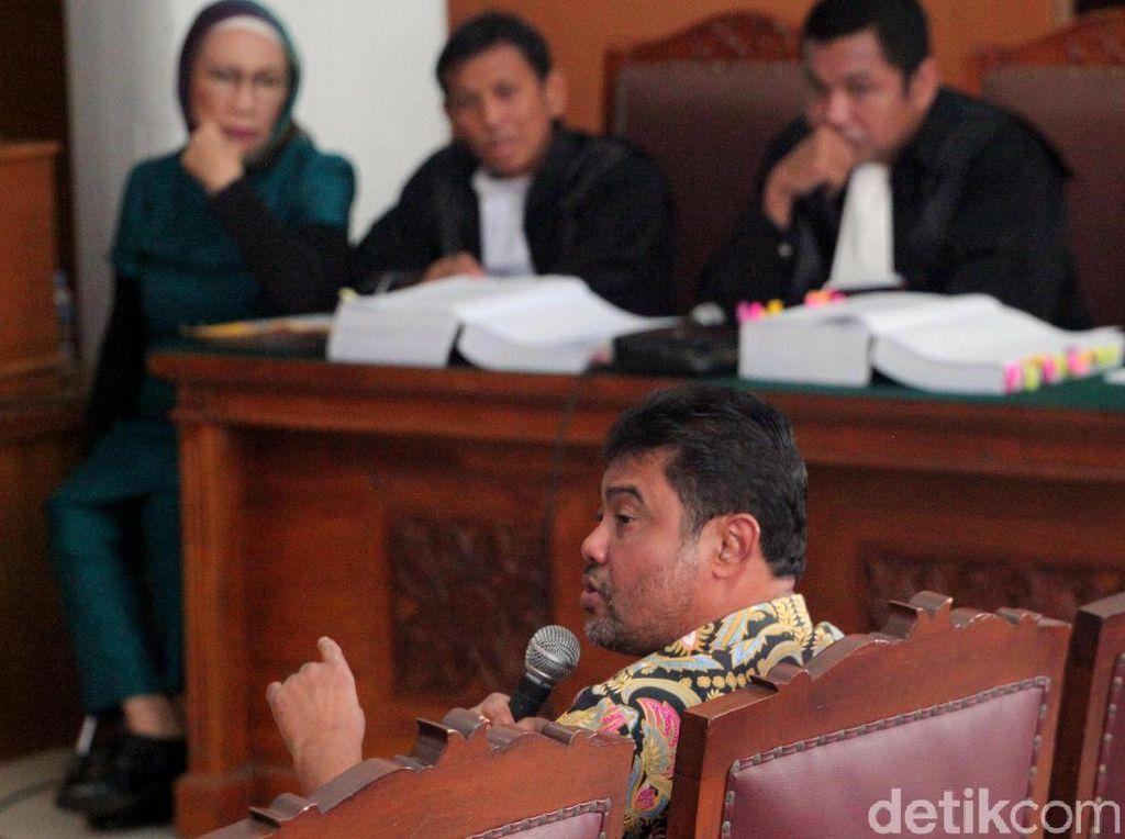 Ratna Sarumpaet Salami Presiden KSPI Said Iqbal Lalu Cipika-Cipiki