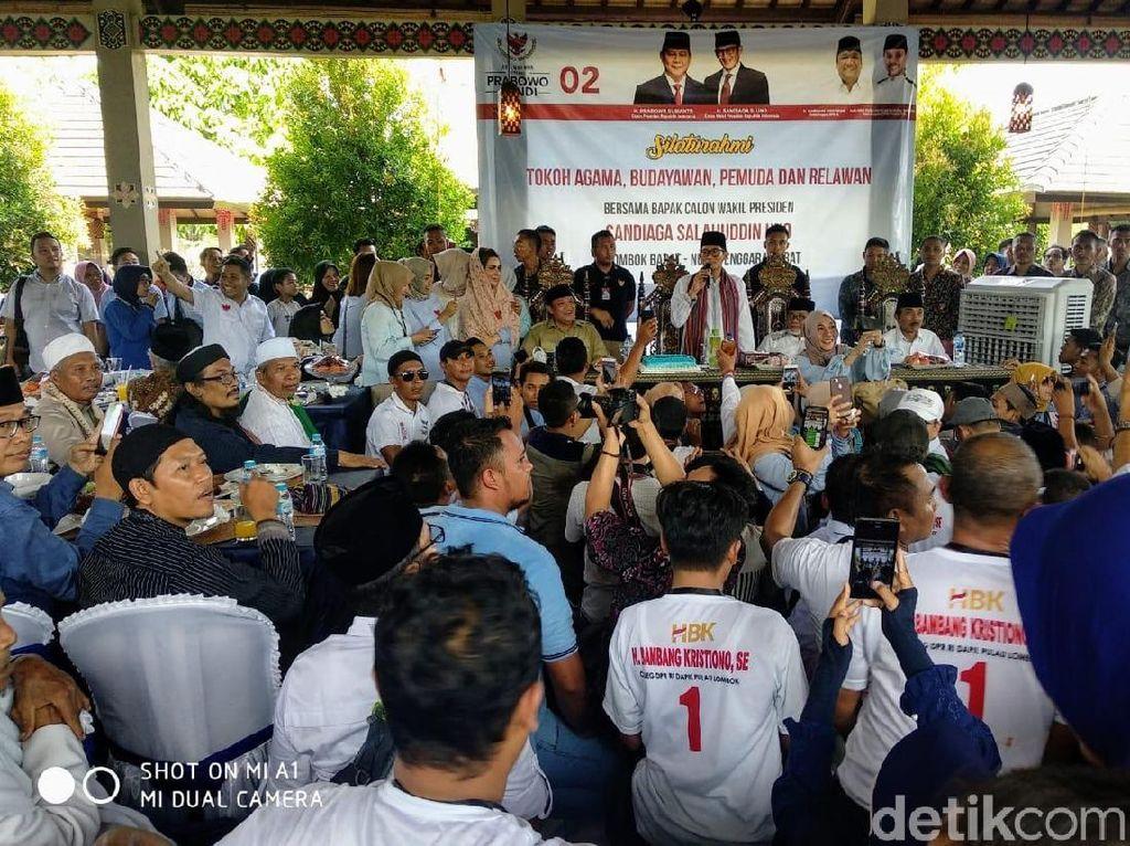 Di Lombok, Sandiaga Sentil Bantuan bagi Korban Gempa