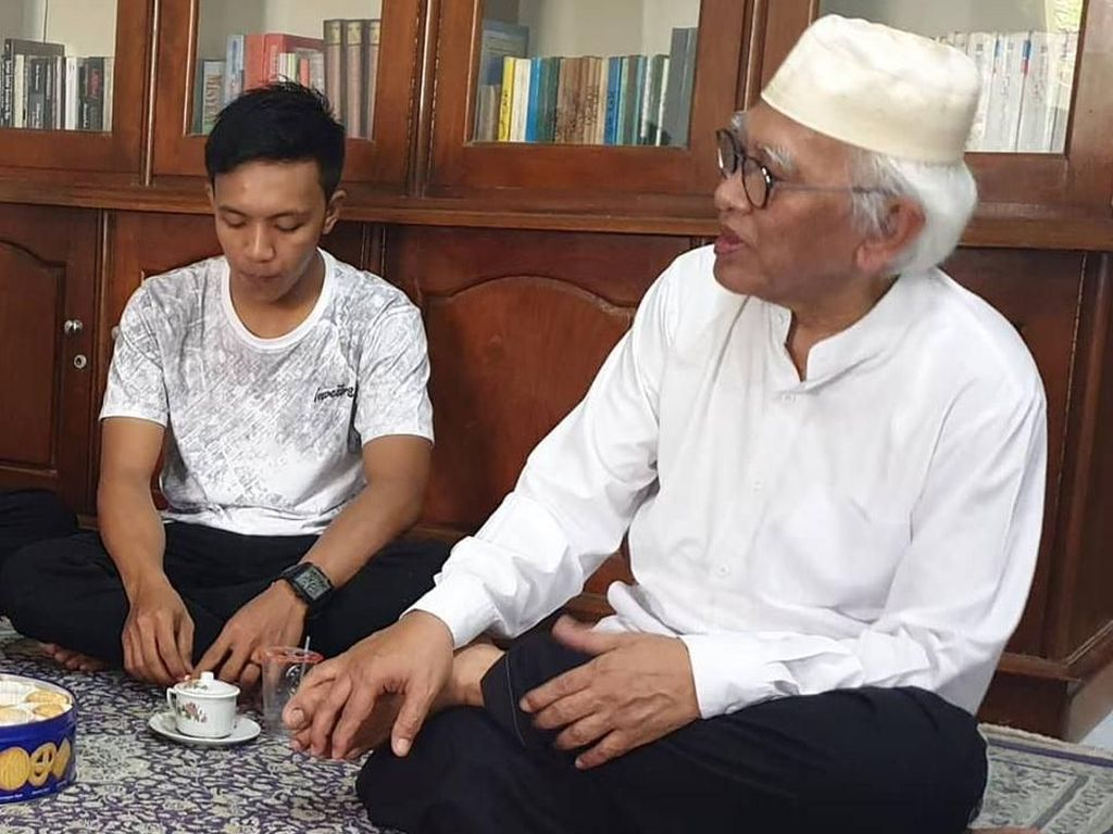 Pemuda yang Edit Video Gus Mus Diskreditkan Kiai Maruf Sowan Minta Maaf