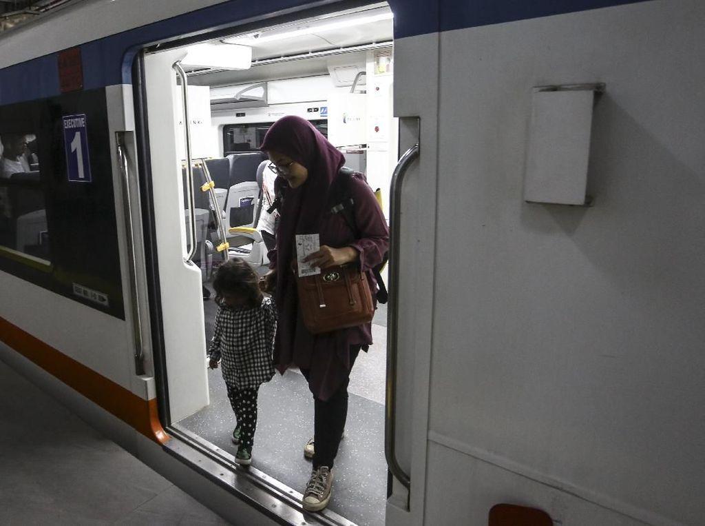 Perjalanan KA Bandara Soetta Kembali Normal Usai Listrik Nyala