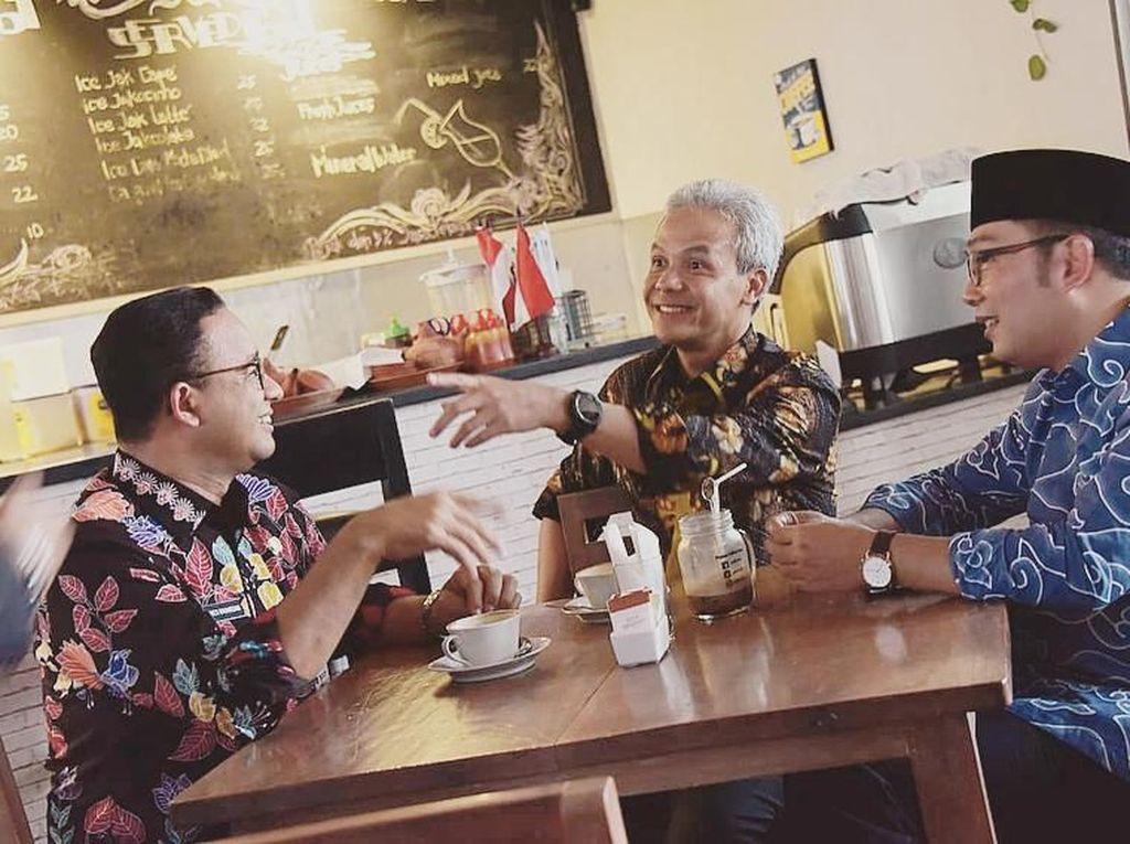 Keseruan Ridwan Kamil Saat Racik Kopi dan Ngopi Bareng Politisi Tanah Air