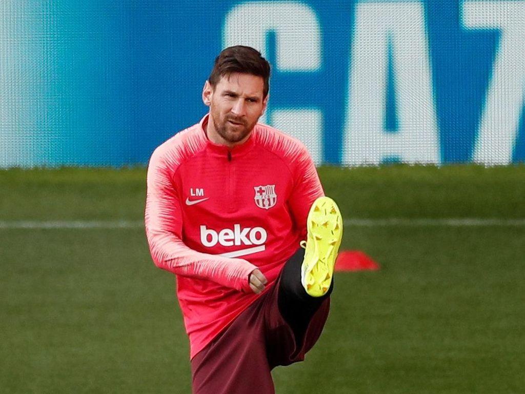 Smalling: Bawa Messi ke Hadapanku