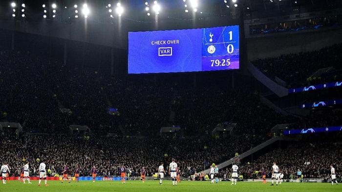 Liga 1 akan menggunakan VAR seperti di Liga Champions (Justin Setterfield/Getty Images)