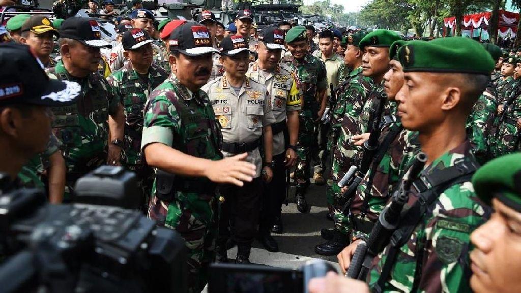 Panglima TNI Cek Kesiapan Pasukan Pengamanan Pemilu 2019
