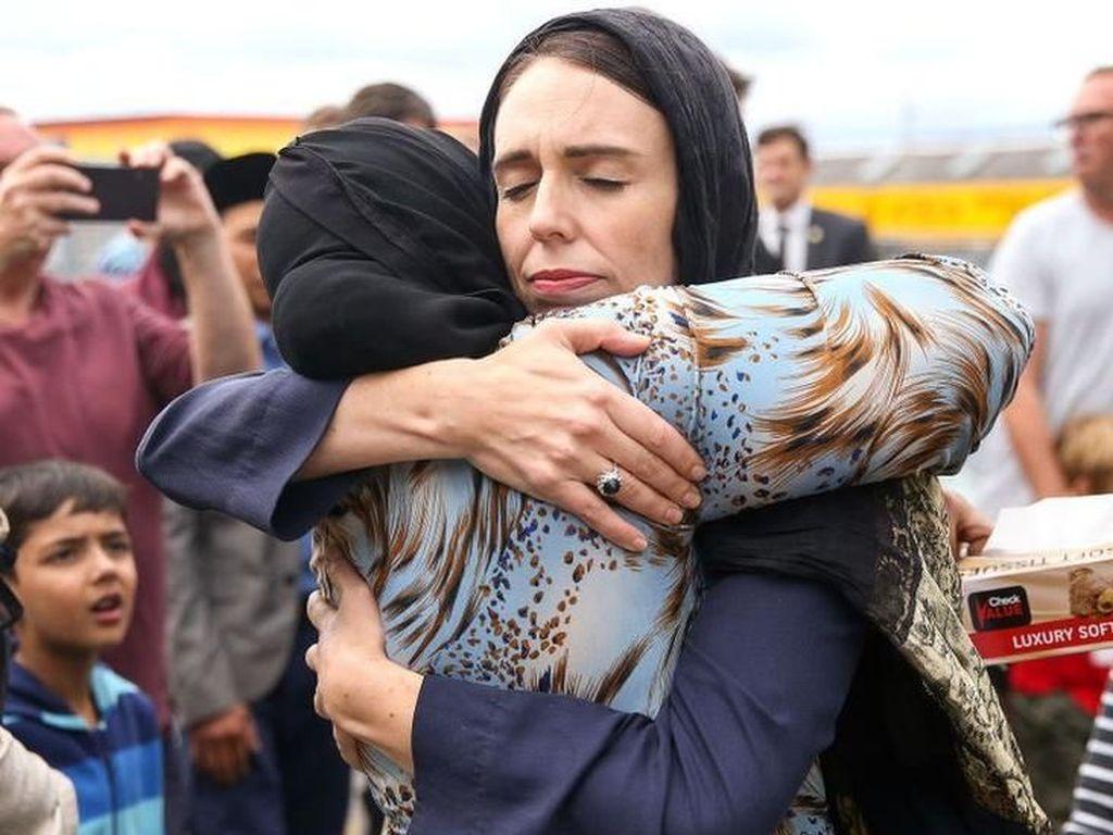 Parlemen Selandia Baru Sepakat Larang Senjata Api Semi-Otomatis