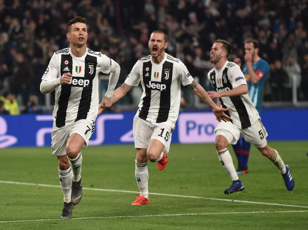 Preview Ajax Vs Juventus: Melawan Agresivitas dengan Main Agresif
