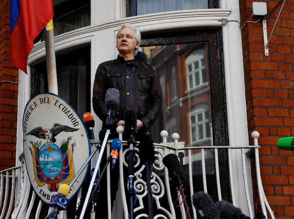 WikiLeaks: Julian Assange Dimata-matai di Dalam Kedubes Ekuador