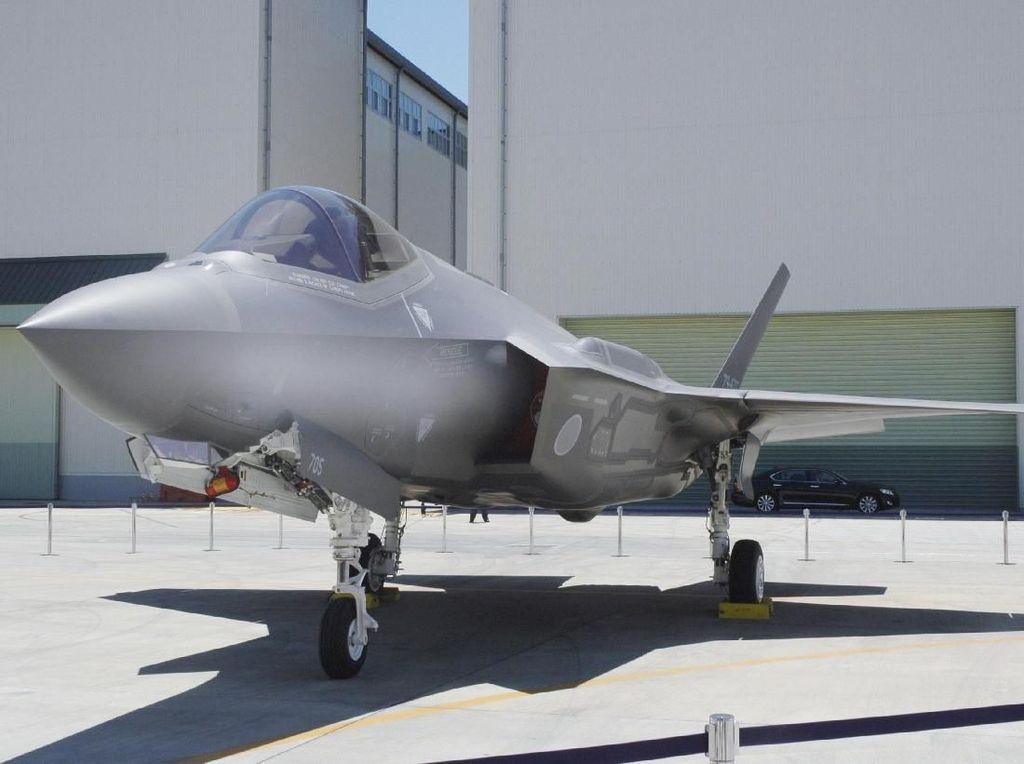 Puing Jet Siluman F-35 Jepang Ditemukan, Pilot Masih Dicari