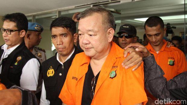 Satgas Antimafia Bola Polri akan menyerahkan 6 tersangka kasus pengaturan skor ke Kejaksaan Agung (Kejagung).