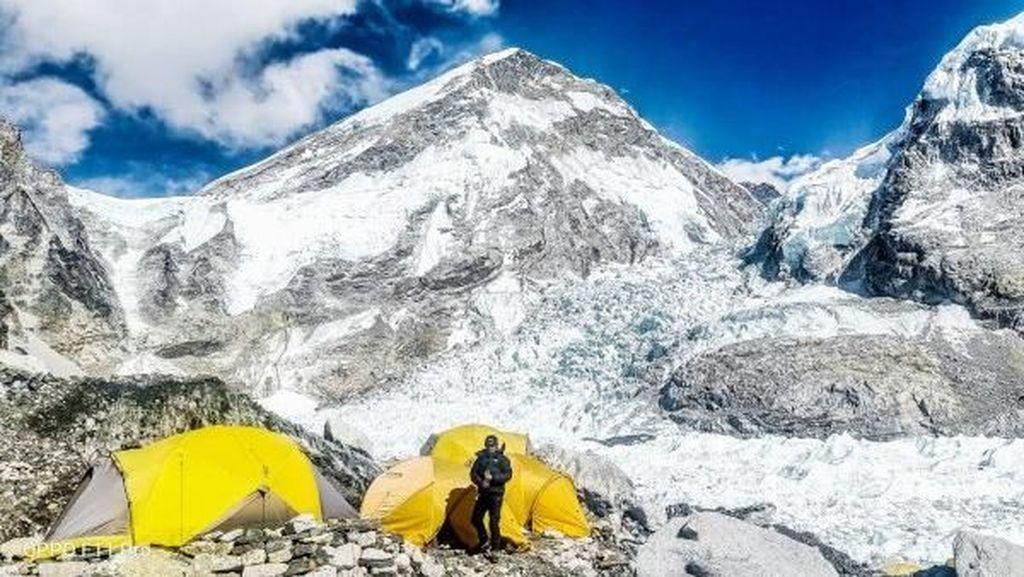 Potret Memukau Everest Jepretan Oppo F11 Pro