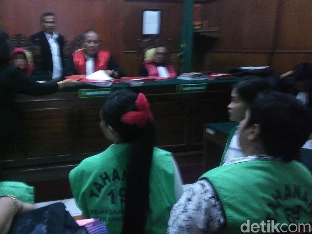 Tiga Perempuan Pengedar Sabu 13,5 Kg Divonis Penjara Seumur Hidup