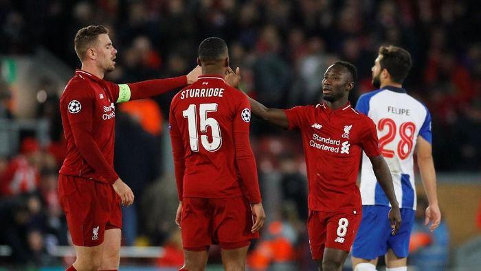 Liverpool mengalahkan Porto 2-0 di leg pertama perempatfinal Liga Champions (Phil Noble/Reuters)