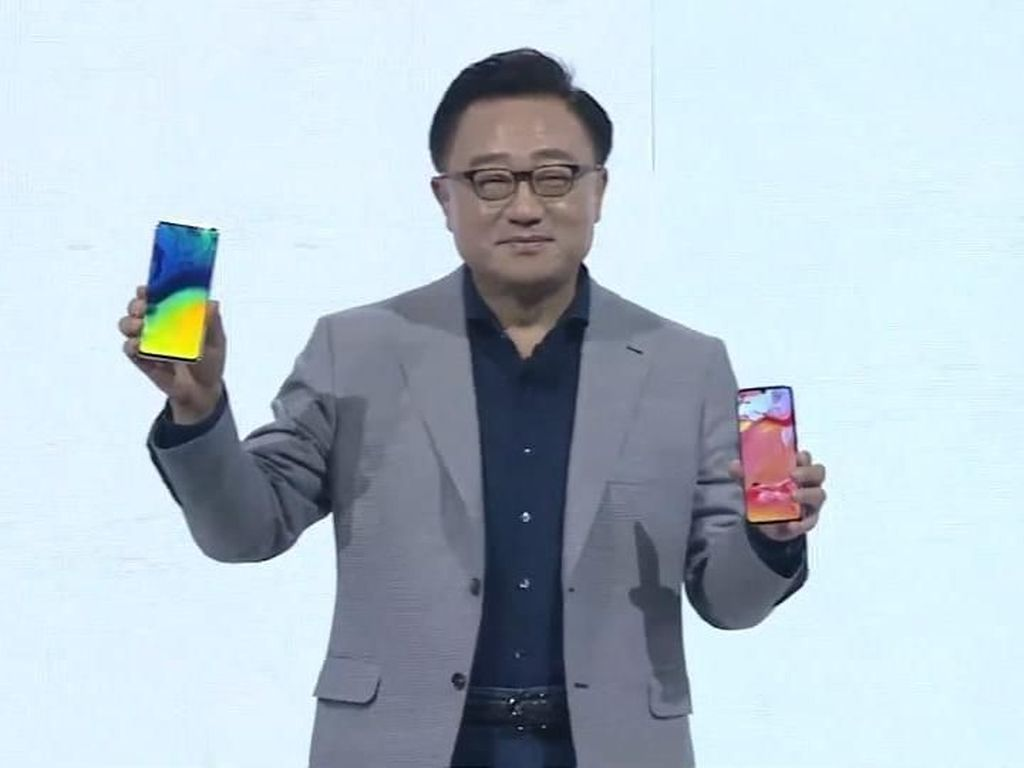 Galaxy A70 Dirilis, Punya Layar Lapang dan Snapdragon 675