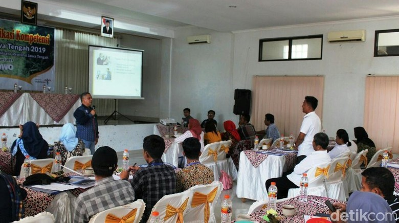 Foto: Suasana sertifikasi pramuwisata di Purworejo (Rinto Heksantoro/detikcom)