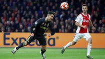 Juventus Tertekan di Kandang Ajax, Untung Ada Ronaldo