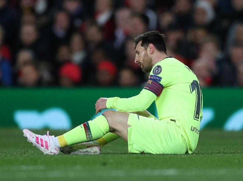 Smalling Sukses KO Messi di Old Trafford