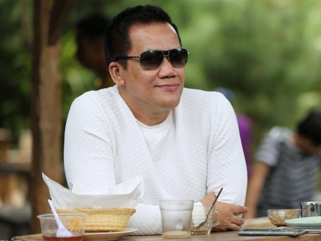 Ini Muhammad Fitno Crazy Rich Pondok Indah yang Doyan Makan Durian