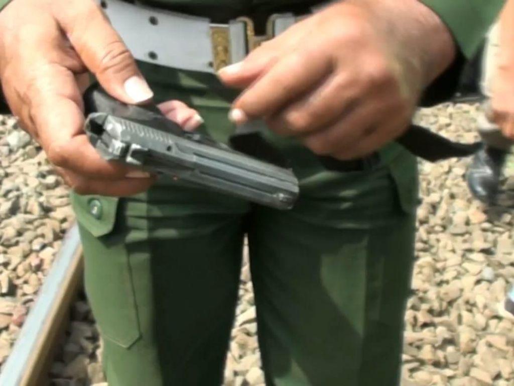 Ada Pistol di Dekat 2 Anggota TNI Tewas Tertabrak KRL di Pasar Minggu