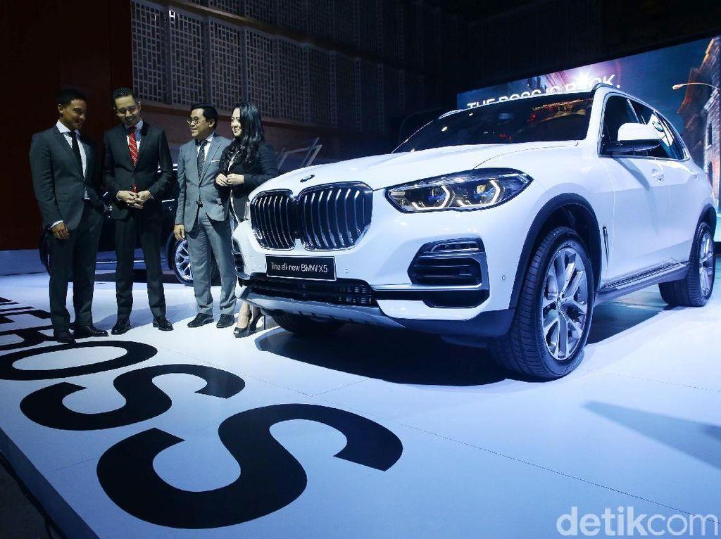 Coba BMW X5 Terbaru, Hamish Daud: Sedan Saja Nggak Secepat Ini