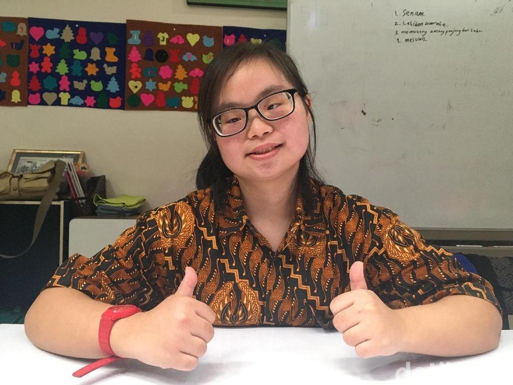 Kenalin Alice, Penyandang Down Syndrome Jago Masak dan Olahraga
