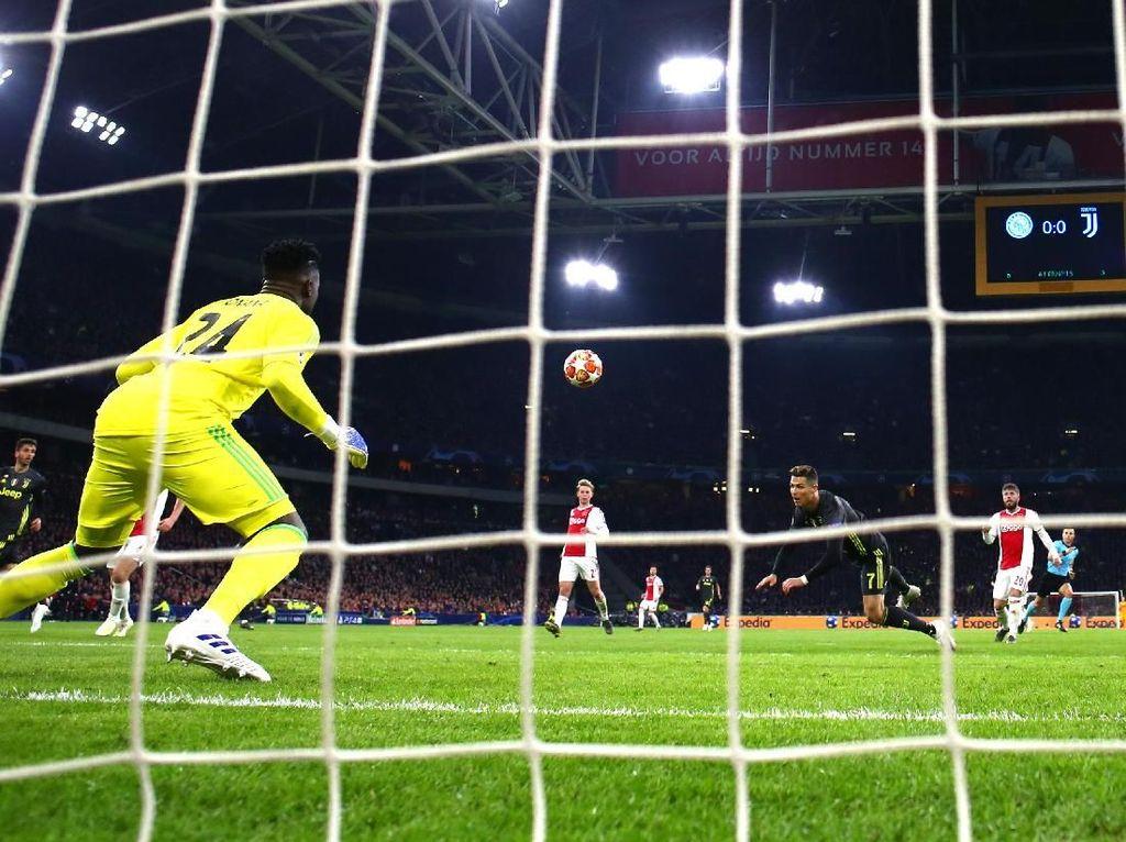 Juventus di Markas Ajax: 1 Shot On Target, 1 Gol, 1 Bekal Bagus ke Leg Kedua