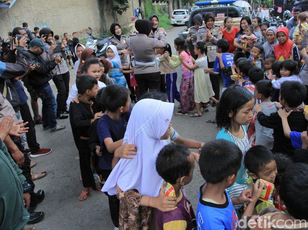 Keseruan Trauma Healing Anak Korban Banjir Kabupaten Bandung