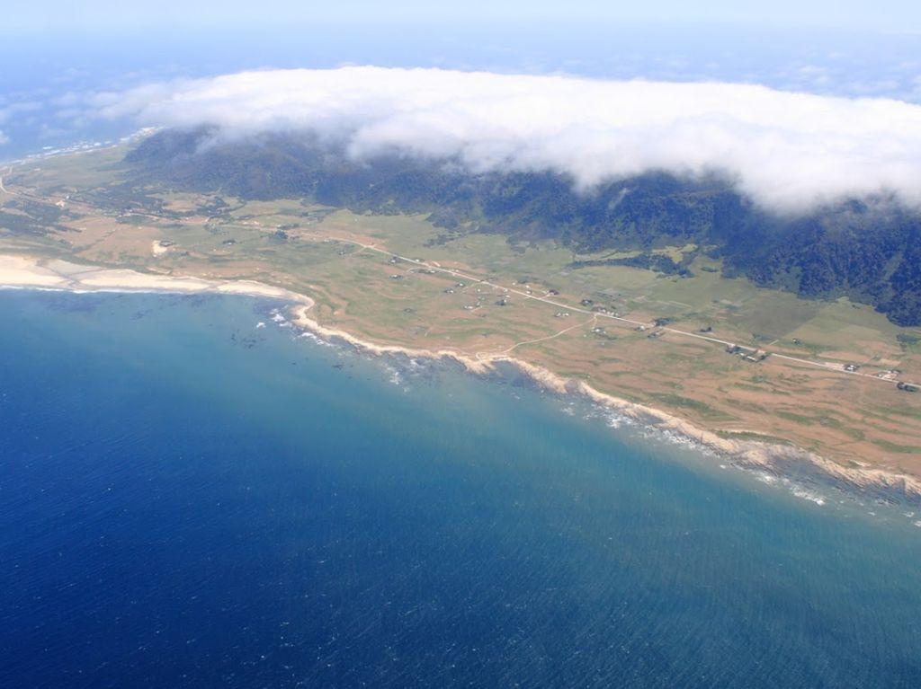 Foto: Pulau Bajak Laut Misterius di Samudera Pasifik