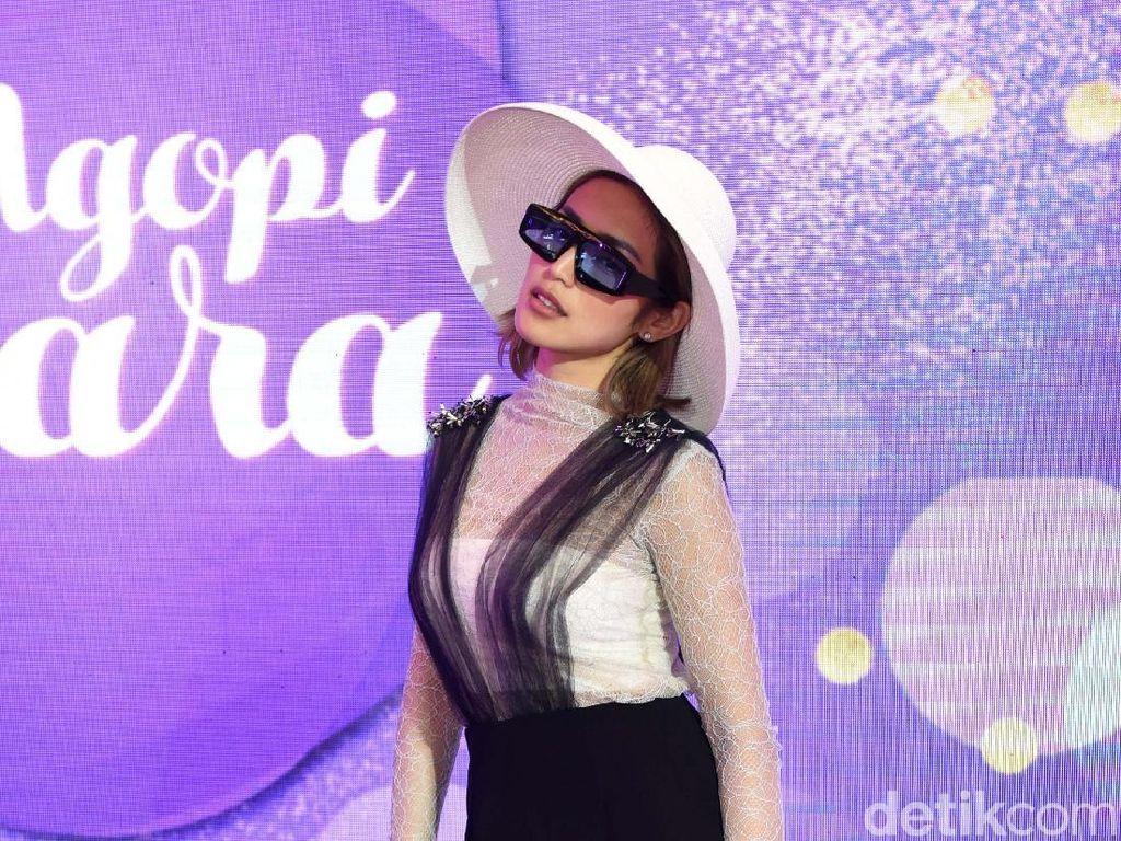 Takut Wajah Disemir, Jessica Iskandar Lari dari Studio Gado-Gado Sahur