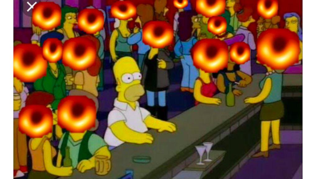 Meme Kocak Foto Lubang Hitam: Homer Simpson Sampai Sauron