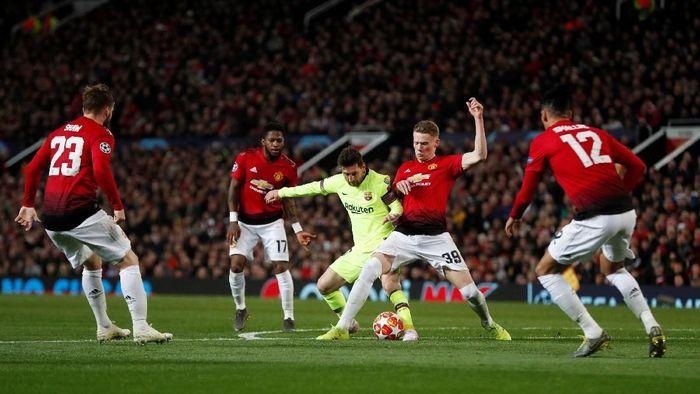 Manchester United menantang Barcelona dalam posisi tertinggal 0-1 secara agregat. (Foto: Lee Smith/REUTERS)