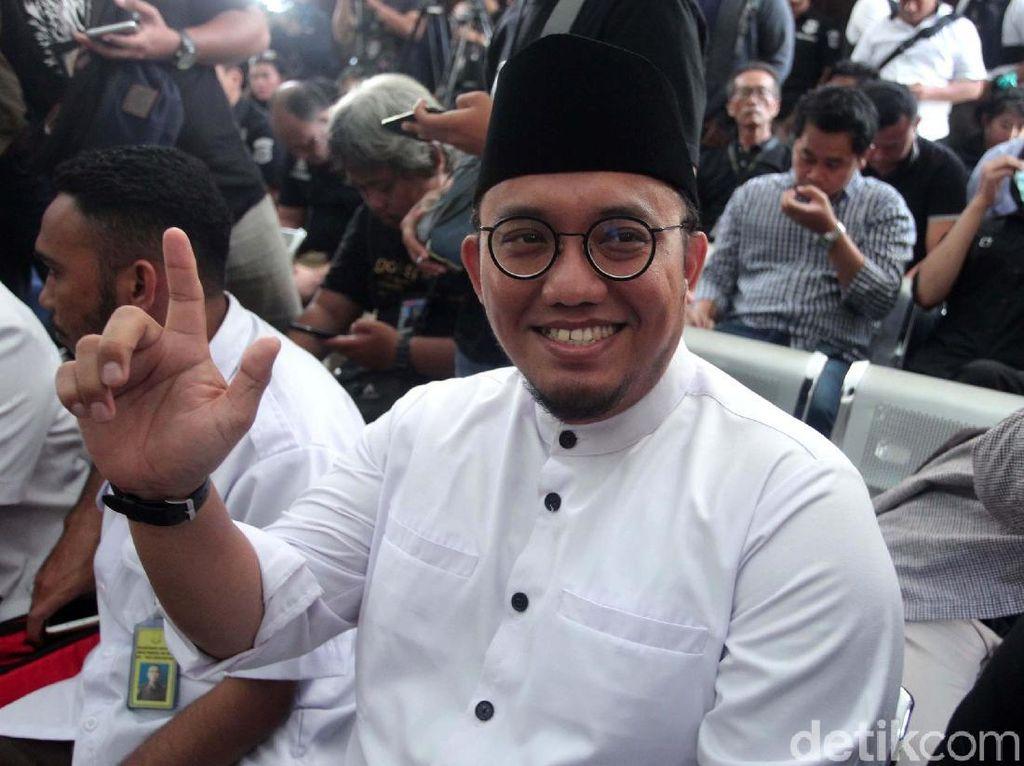 Klaim Kemenangan Prabowo Disebut Tak Konsisten, Ini Kata Dahnil Anzar