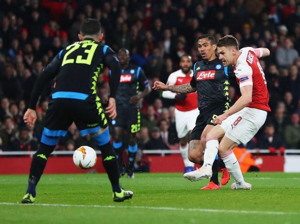 Prediksi Napoli Vs Arsenal: Meriam London Ditunggu Angkernya San Paolo