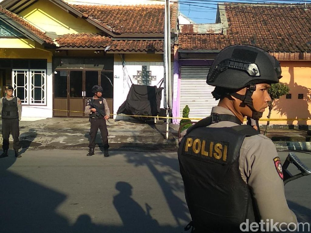 Ada Benda Mencurigakan di Garut, Polisi Turun Tangan