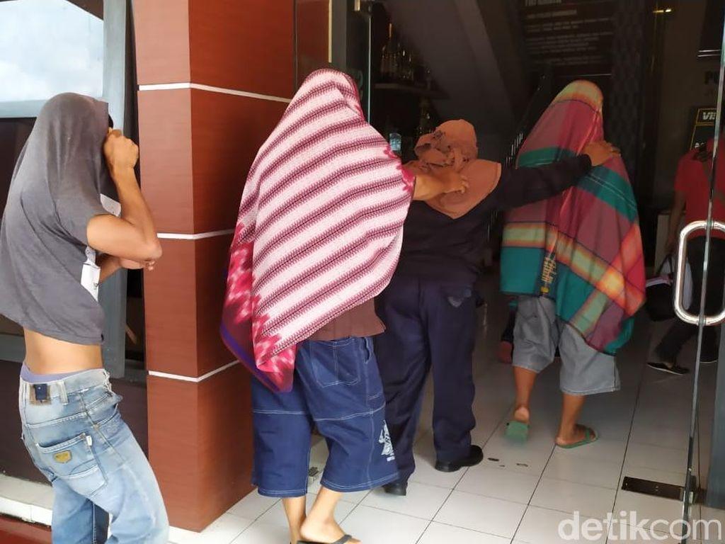 Polisi Amankan 8 Orang Diduga Pembalak Kayu Sonokeling
