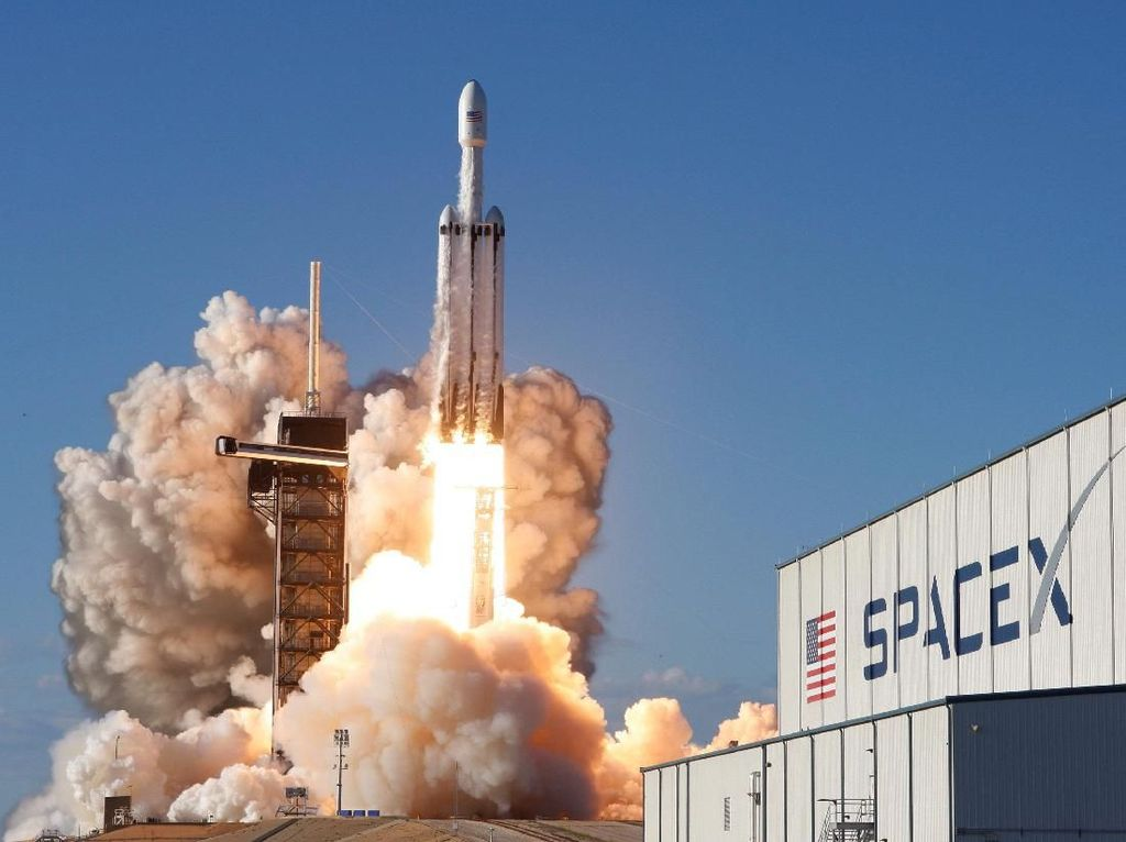 Ini Alasan Satelit Satria Dirakit Thales dan Diluncurkan SpaceX