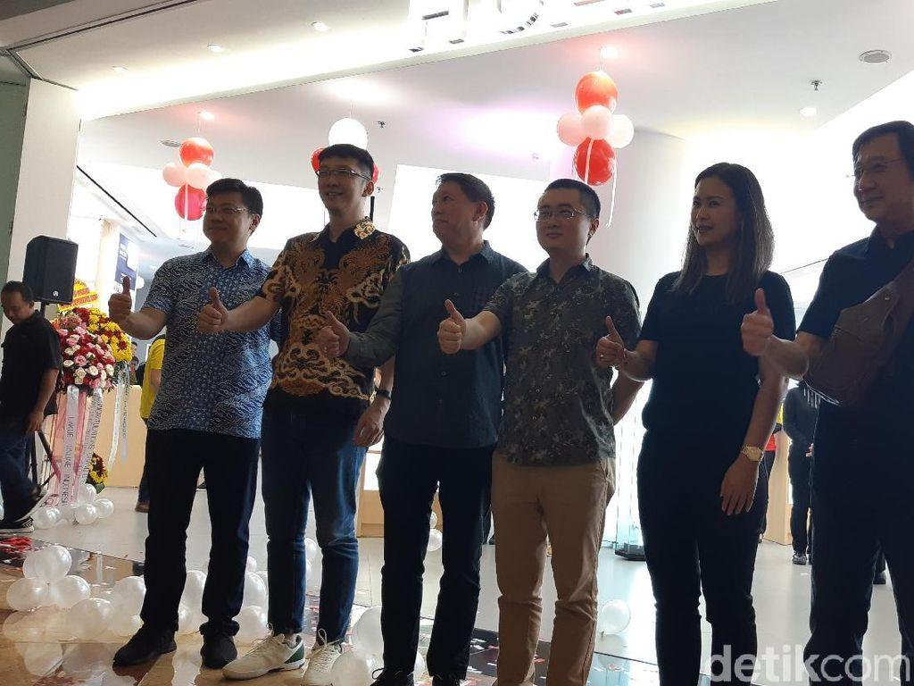 Huawei Hadirkan Toko High-end Pertamanya di Indonesia