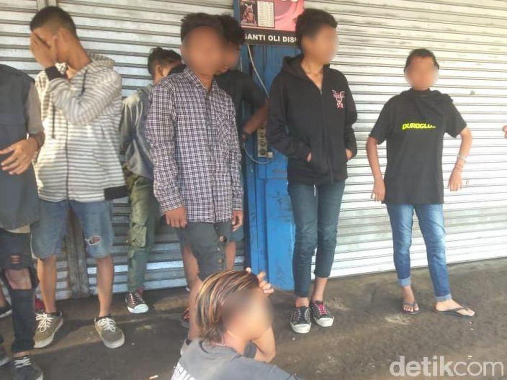 Anak Punk Berkeliaran di Pangandaran, Satpol PP: Bandel Banget!