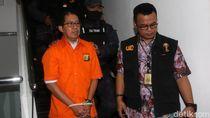 Berbaju Tahanan dan Tangan Diikat, Joko Driyono Diserahkan ke Kejagung