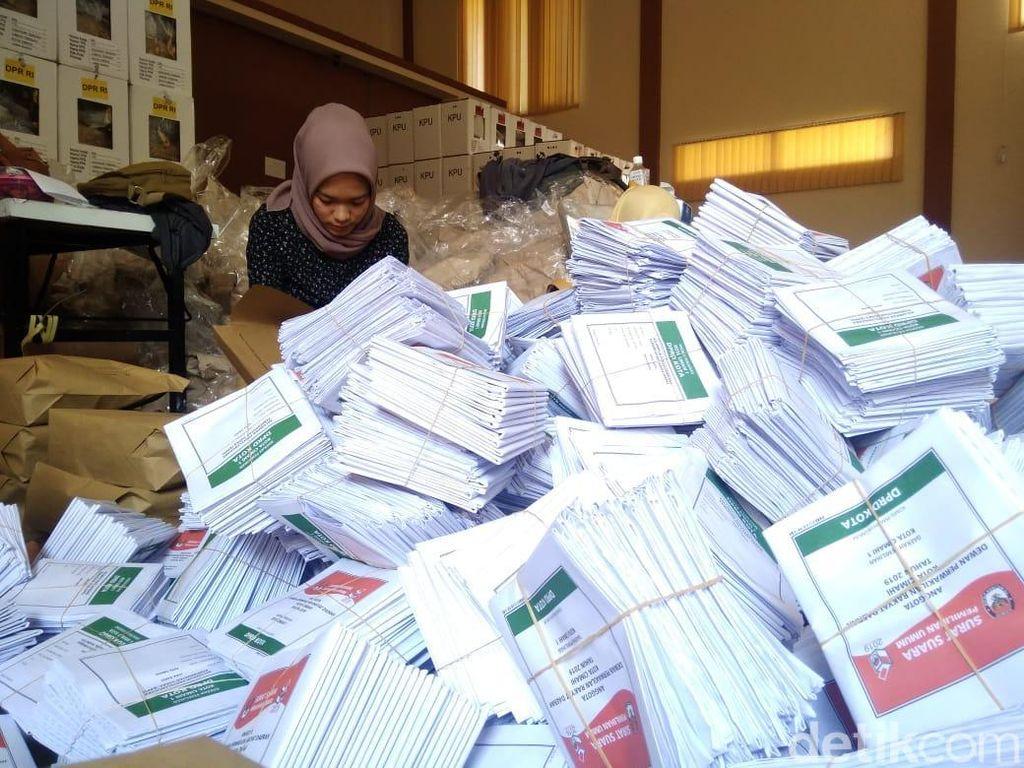 Proses Distribusi Logistik Pemilu 2019 di Cimahi Terlambat